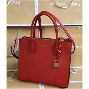 $298 Michael Kors Mercer Acrdion Handbag MK Bag